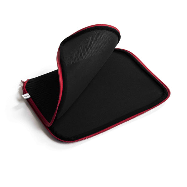 black_red_laptop_sleave1_featured